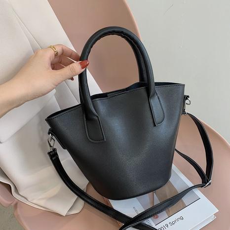 Mode einfarbig Schulter Messenger große Kapazität Tasche Großhandel NHXC341244's discount tags