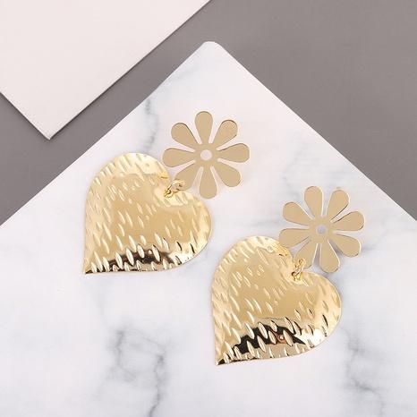 boucles d'oreilles en forme de coeur amour fleur en alliage rétro NHQIY341591's discount tags