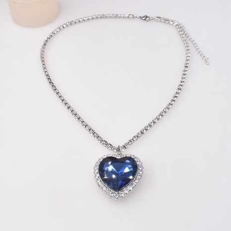 Korea neue Mode trendige Diamant Meer Herz Halskette NHNT341944's discount tags
