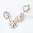 Boucles d39oreilles en strass sertis de diamants en alliage multicouche en forme de goutte  la mode NHJE342406