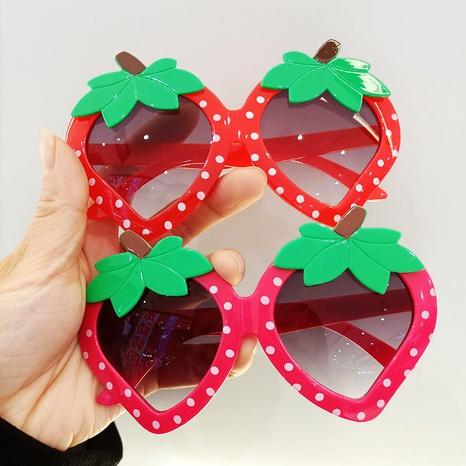 lunettes de soleil décoratives à la fraise pour enfants NHBA344271's discount tags