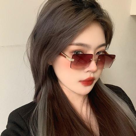 nouvelles lunettes de soleil à monture sans cadre en diamant NHLMO344398's discount tags