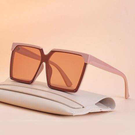Nouvelles lunettes de soleil une pièce de mode simples à grande monture NHLMO344403's discount tags