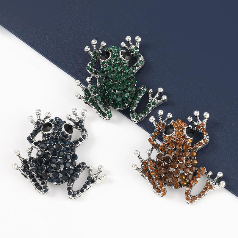alloy diamond studded frog brooch NHJE331935
