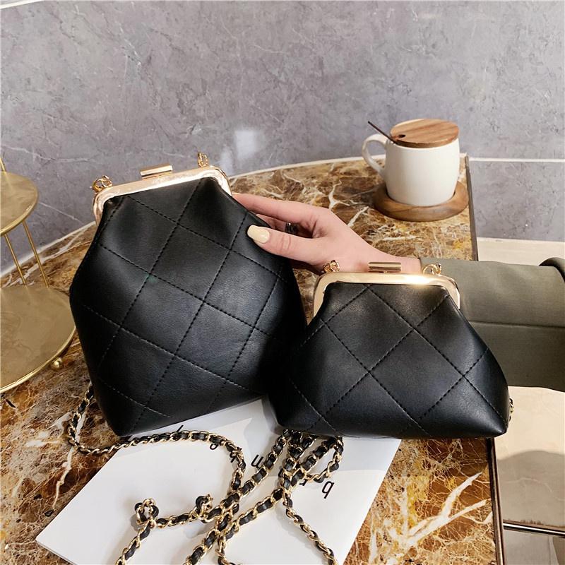 Fashion embroidered thread chain messenger shoulder bag NHTG332325