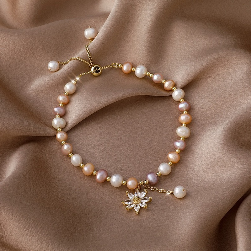 Korea Pearl Crystal Daisy Copper Bracelet Wholesale NHMS332910