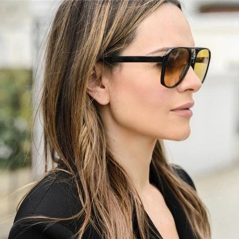 Mode Großrahmen Sonnenbrillen Großhandel NHFY333382's discount tags