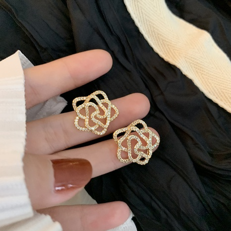 Fashion flower rhinestone alloy earrings wholesale NHXI347842's discount tags