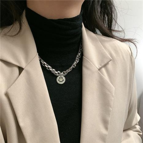 Mode Smiley Gesicht runde doppelschichtige Legierung Halskette Großhandel NHYQ347879's discount tags