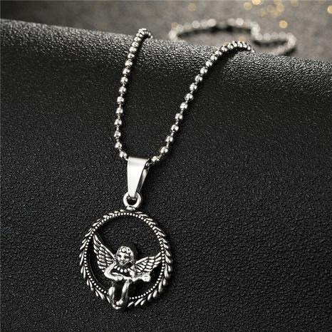 Rétro cupidon en métal creux rond petit collier en alliage d'ange en gros NHGO348176's discount tags