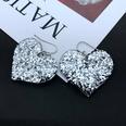 NHOM1617488-Love-earrings