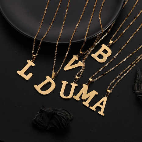 Collier pendentif 26 lettres anglaises en acier inoxydable NHQIY349906's discount tags