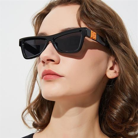nuevo estilo de moda gafas de sol con montura de ojo de gato NHLMO350254's discount tags