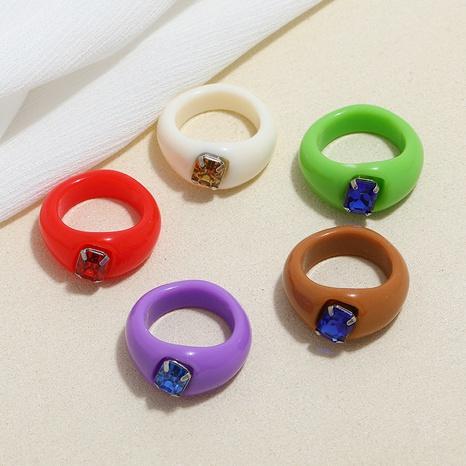 conjunto de anillos de resina de diamante acrílico de estilo simple de moda NHMO350892's discount tags