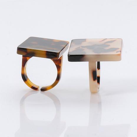 Bague ambre acrylique en résine de style coréen NHJJ351365's discount tags