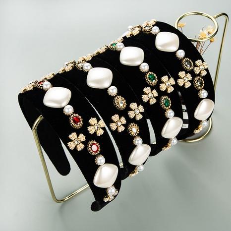Bandeau rétro en flanelle large bord imitation perle Accessoires en épingle à cheveux en strass baroque NHLN352279's discount tags