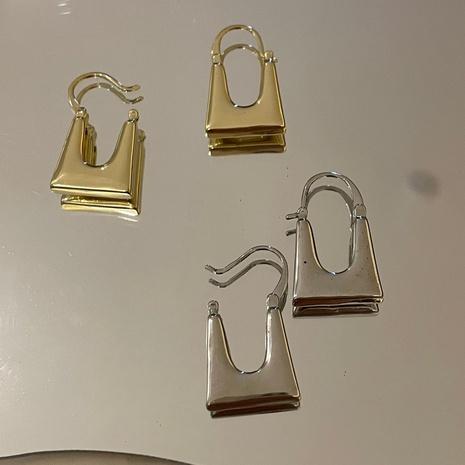 boucles d'oreilles en métal en forme de sac géométrique à texture simple NHYQ353019's discount tags