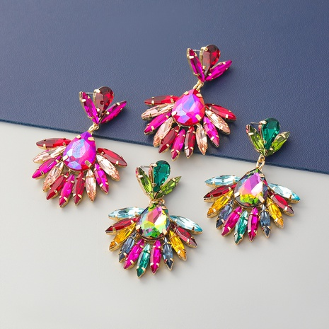 Boucles d'oreilles fleur en alliage de diamant de couleur à la mode NHJE353068's discount tags