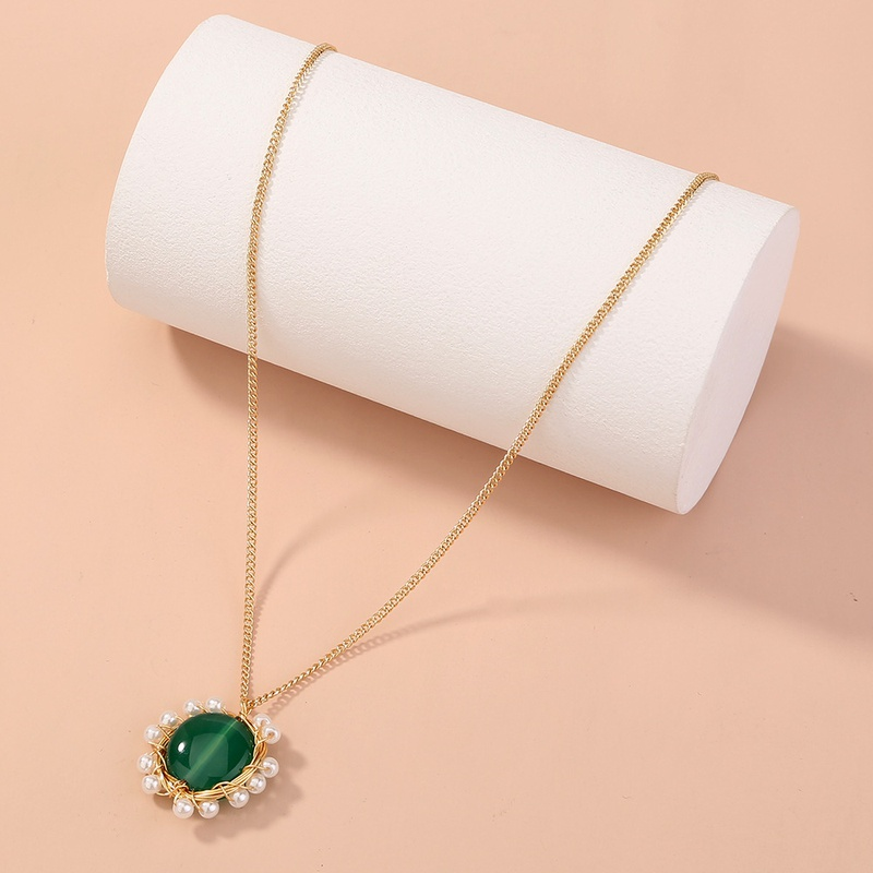 fashion green oblate stone pearl pendant singlelayer necklace NHAN353291