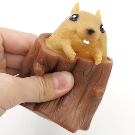 Unzip flying squirrel cup squeeze toy vent squirrel tree stump evil squirrel pinch toy NHZHI354309's discount tags