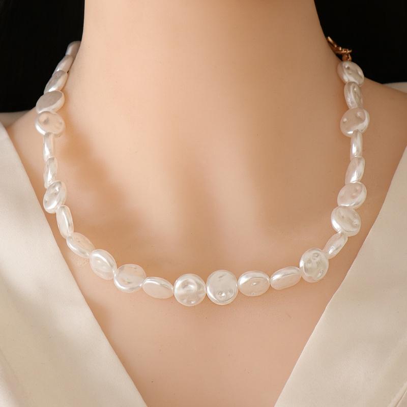 Fashion Flat Pearl Rhinestone Necklace  NHJJ355212