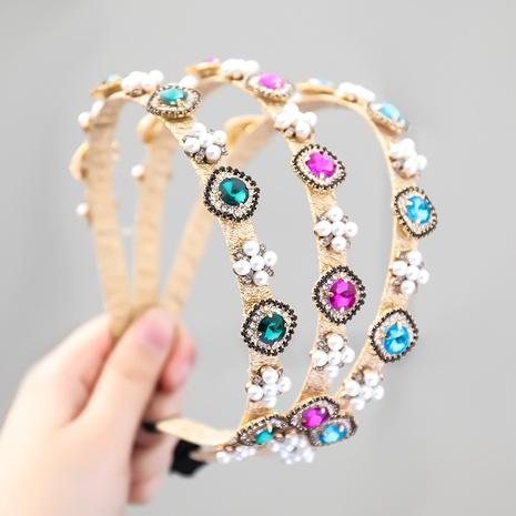Mode Legierung Diamant eingelegte Perle geometrische Blume Stirnband Großhandel NHJE355478's discount tags
