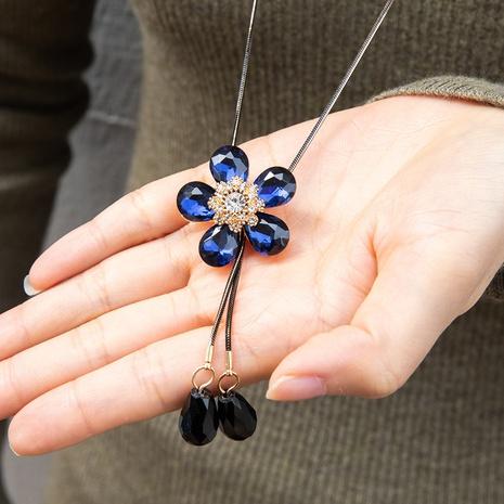 Mode einfache Kristall fünfblättrige Blume Anhänger Anhänger Halskette NHAKJ355940's discount tags