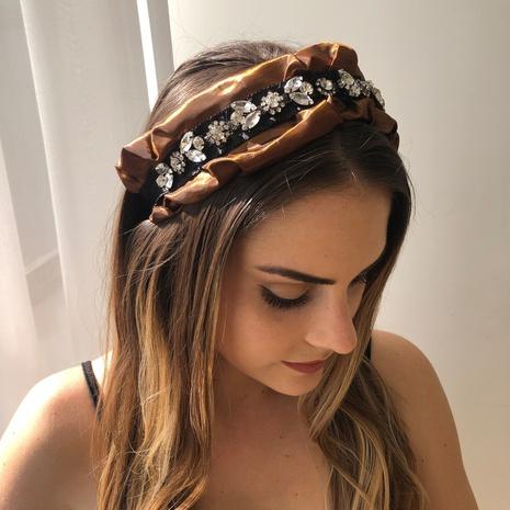 Retro plissiertes, diamantbesetztes, breitseitiges Stirnband NHMD356689's discount tags