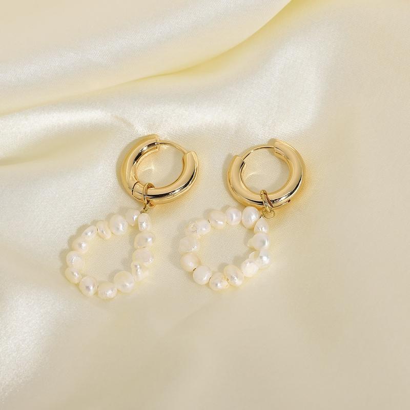 Korean style natural freshwater pearl copper plating earrings NHJIE359269