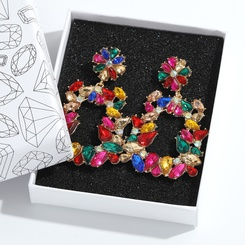 Großhandel Mode geometrische glänzende Legierung Diamanten große Ohrringe NHJQ345202