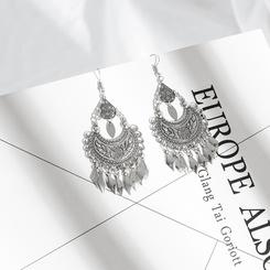 Tropfenförmige Ohrringe aus böhmischem Halbmond mit Fransen NHAKJ345212
