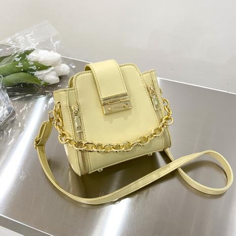 sac de seau de sac de messager de couleur unie de poignée de chaîne en métal de mode NHJZ345499's discount tags