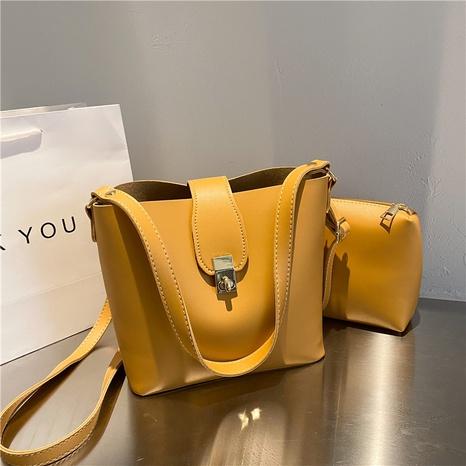 Vente en gros sac à bandoulière coréen de couleur unie NHRU345506's discount tags