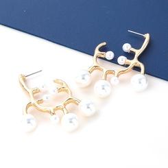 Großhandel Mode unregelmäßige geometrische Form Legierung eingelegte Perlenohrringe NHJE345725