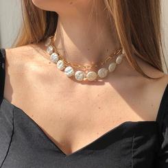 Mode geformte Perle mehrschichtige Legierung Halskette Großhandel NHMD345779