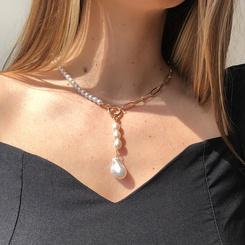 Mode geformte Perle Quaste Legierung Halskette Großhandel NHMD345792