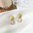NHBY1604566-Pair-of-yellow-flower-ear-studs
