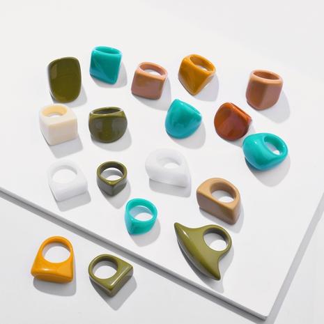 Nuevo conjunto de anillos de resina de color puro de estilo de moda NHLU345858's discount tags