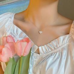 Mode Perle Strass Herzform Legierung Halskette Großhandel NHBY345898