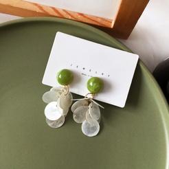 Mode Avocado grün runde weiße Muschel Quaste Legierung Ohrringe NHBY345901