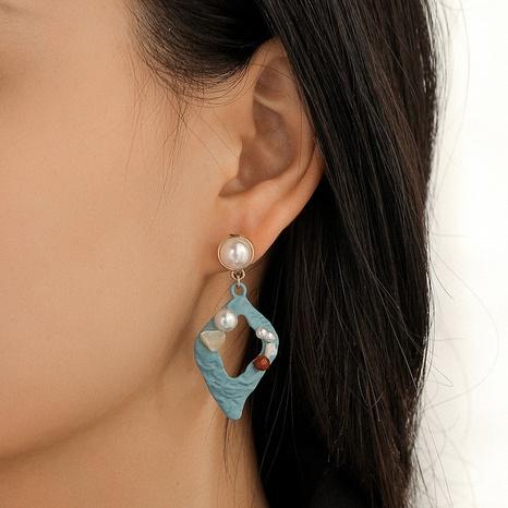 Pendientes geométricos de diamantes de grava de perlas huecas en forma de diamante azul NHQC349194's discount tags