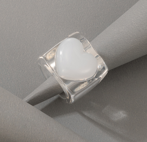 Corea nueva caricatura creativa moda amor simple anillo de resina NHGY359790's discount tags