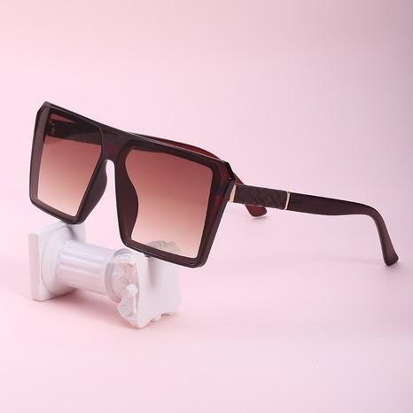 gafas de sol de montura grande geométricas de moda NHLMO366357's discount tags