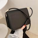 retro solid color shoulder square bag  NHLH367030