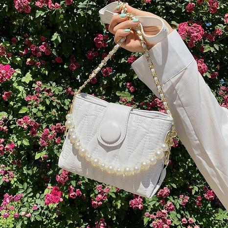 Bolso bandolera sencillo con cadena de perlas de color liso NHLH367033's discount tags