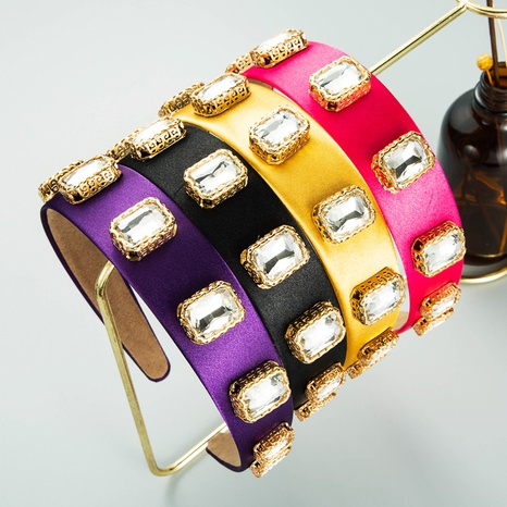 Diadema de tela de color sólido con diamantes de imitación de patrón de aleación de moda NHLN367427's discount tags