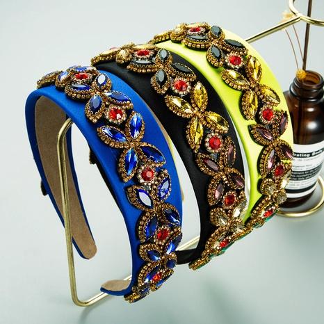 Diadema de flores de diamantes de imitación de color con incrustaciones de tela barroca NHLN367426's discount tags