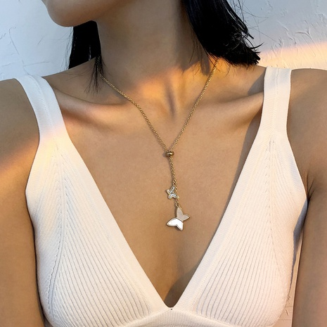 collier simple en alliage avec pendentif papillon en résine de diamant NHMD367517's discount tags