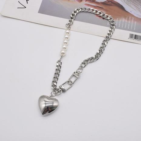 collier pendentif grand coeur tridimensionnel à chaîne en métal à la mode NHNT367807's discount tags