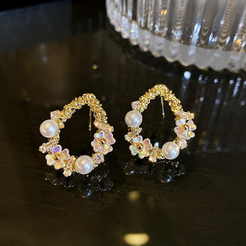 Flower drop Pearl Stud earrings NHOT367837